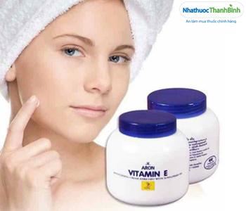 Review kem dưỡng ẩm Aron Vitamin E Thái Lan